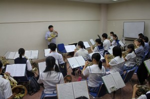パ-カッション参加生徒12名 講師関根崇氏