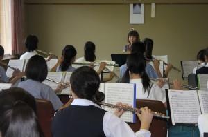 鍵盤打楽器参加生徒8名 講師安藤円氏