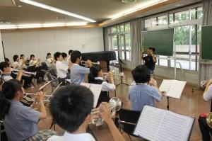 ストリングベ-ス参加生徒5名 講師鈴木克人氏