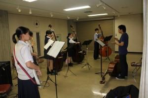 ホルン参加生徒24名 講師田中久隆氏