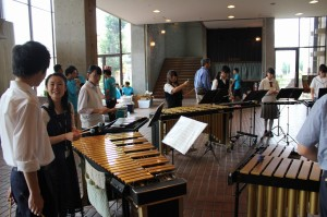 鍵盤打楽器参加生徒9名講師安藤円氏